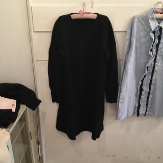 ミュウミュウ(miumiu)のmiumiu black knit onepiece.(ひざ丈ワンピース)