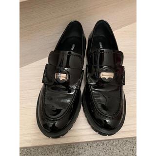 ミュウミュウ(miumiu)のmiumiu オックスフォードシューズ ローファー(ローファー/革靴)