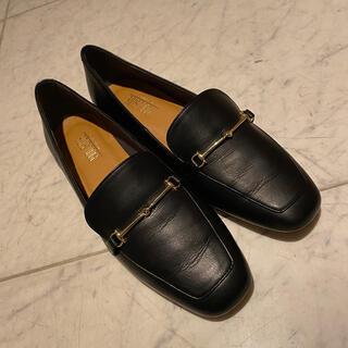 プールサイド(POOL SIDE)のローファー(ローファー/革靴)