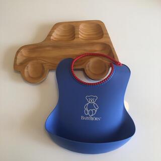ベビービョルン(BABYBJORN)の離乳食用スタイ&木製皿(離乳食器セット)