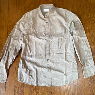 イッカ(ikka)のikka メンズシャツ Lサイズ カーキ(シャツ)