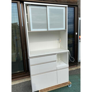 ニトリ(ニトリ)の奈良発 ニトリ オープンキッチンボード 食器棚 幅100 2017年製(キッチン収納)