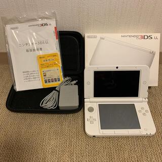 ニンテンドー3DS(ニンテンドー3DS)の【中古】Nintendo 3DS  LL 本体 ホワイト - 純正ACアダプタ付(携帯用ゲーム機本体)