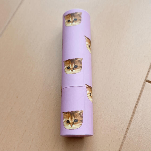 PAUL & JOE(ポールアンドジョー)の新品未使用 PAUL&JOE 猫 リップスティック 048 コスメ/美容のスキンケア/基礎化粧品(リップケア/リップクリーム)の商品写真