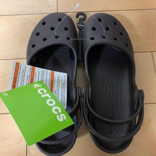 クロックス(crocs)の★新品★ Crocs Karin Clog クロックス レディースキッズサンダル(スニーカー)