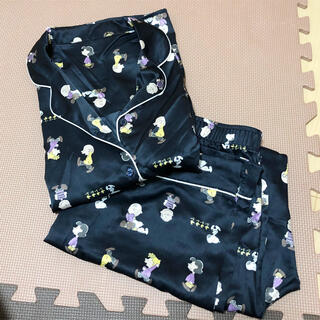 GU - スヌーピー GU サテン パジャマ Mサイズ