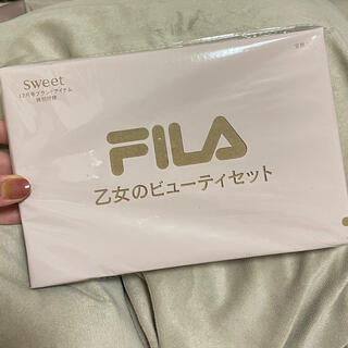 タカラジマシャ(宝島社)のsweet 付録 FILA乙女のビューティセット(ポーチ)