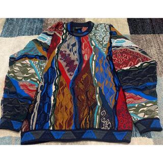 クージー(COOGI)のcoogiクレイジーパターン ニット セーター(ニット/セーター)