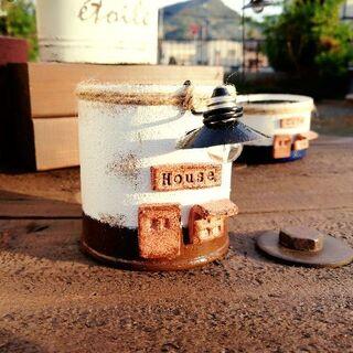 R1117a ランプのまちの缶B☆お家 1個(その他)