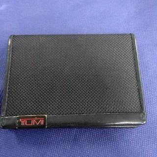 トゥミ(TUMI)のTUMIカードケース  (名刺入れ/定期入れ)