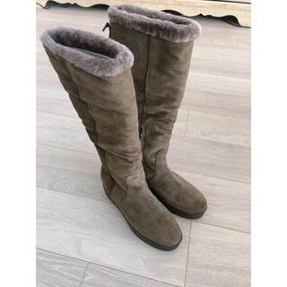 フェラガモ(Ferragamo)のロングブーツ ムートン スエード フェラガモ (ブーツ)