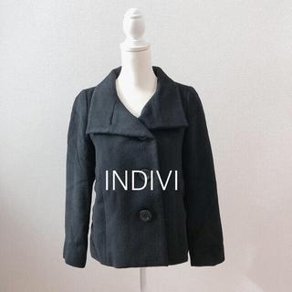 インディヴィ(INDIVI)のインディヴィ 黒 ブラック ショートコート アウター(チェスターコート)
