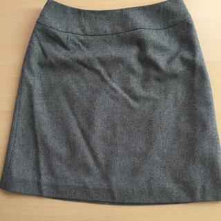インディヴィ(INDIVI)のINDIVI スカート (ひざ丈スカート)