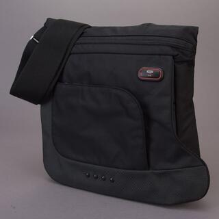 トゥミ(TUMI)の美品 TUMI トゥミ メッセンジャーバッグ ショルダーバッグ ナイロン 黒(メッセンジャーバッグ)