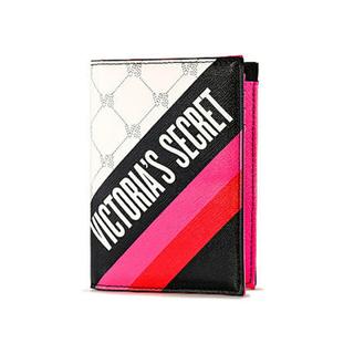 ヴィクトリアズシークレット(Victoria's Secret)のVictoria's Secret Logo Passport Case(財布)