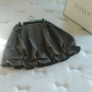 フォクシー(FOXEY)の♡美品フォクシースカート♡(ひざ丈スカート)