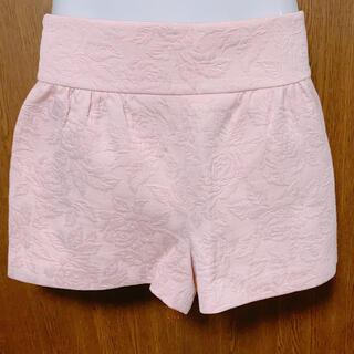 ジルスチュアート(JILLSTUART)の▲JILLSTUART ショートパンツ ピンク 花柄 フェイクポケット(ショートパンツ)