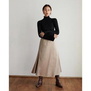 RANDEBOO Satin long skirt (beige)(ロングスカート)