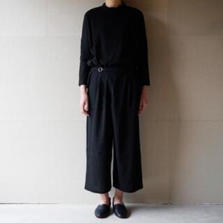 エヴァムエヴァ(evam eva)のevameva/ cotton double wrap pants  黒(カジュアルパンツ)