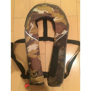 ダイワ(DAIWA)のBLUESTORM 自動膨張 手動 ライフジャケット 釣りの必需品(ウエア)
