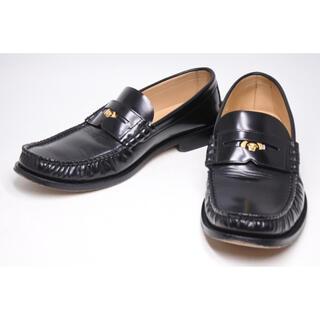ヴェルサーチ(VERSACE)のヴェルサーチ 新型 ローファー 靴 文字プリント  WITH LOVE(ドレス/ビジネス)
