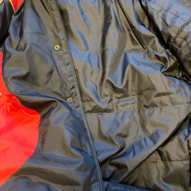 PUMA(プーマ)のプーマ ベンチコート 140 サッカー ウエア 冬用 スポーツ/アウトドアのサッカー/フットサル(ウェア)の商品写真
