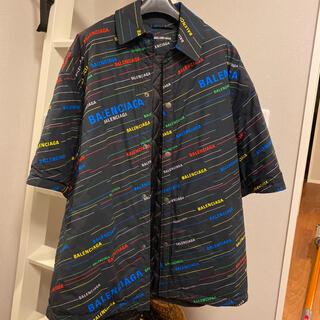 バレンシアガ(Balenciaga)のバレンシアガ 総ロゴパデットジャケット サイズ44(ダウンジャケット)