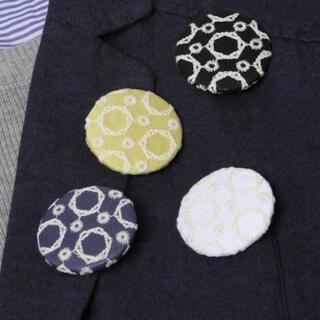 スタディオクリップ(STUDIO CLIP)のスタディオクリップ  studioclip サークル刺繍ブローチ(ブローチ/コサージュ)
