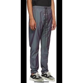 フィアオブゴッド(FEAR OF GOD)のエッセンシャルのIridescent Nylon Track Pants パンツ(その他)
