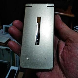 ソフトバンク(Softbank)のSoftBank 109SH(携帯電話本体)