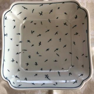 イッタラ(iittala)のscope スコープ ヒラヒラ 2枚セット新品 東屋 木瓜角皿 ヒラヒラ(食器)