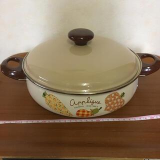 フジホーロー(富士ホーロー)の新品 エジリー ホーロー鍋 湯豆腐鍋 道具付き(鍋/フライパン)