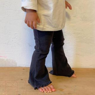 キャラメルベビー&チャイルド(Caramel baby&child )のpippi+lotta フレアパンツ 90cm(s)(パンツ/スパッツ)