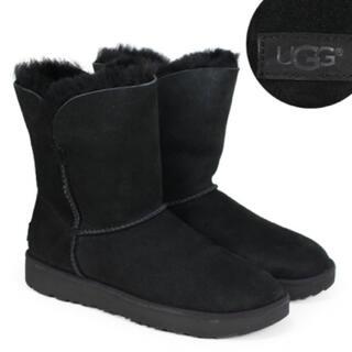 アグ(UGG)の【新品未使用】UGG クラシックカフショートムートンブーツ【24cm】(ブーツ)
