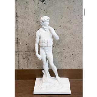 メディコムトイ(MEDICOM TOY)のSync.SUICIDE MAN GESSO Ver.PaintedbyDAN(彫刻/オブジェ)