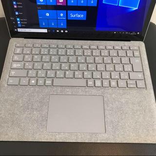 マイクロソフト(Microsoft)のSurfaceLaptop[2.5GHz/4G/128GB] corei5(オフィス/パソコンデスク)