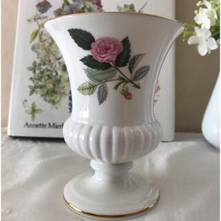 ウェッジウッド(WEDGWOOD)のウェッジウッド ハザウェイローズ フラワーベース(花瓶)