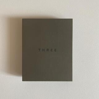 スリー(THREE)のTHREEスリー シマリンググローデュオ01(コントロールカラー)