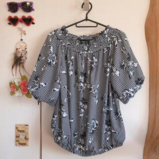 アベイル(Avail)のシャツ(Tシャツ(半袖/袖なし))