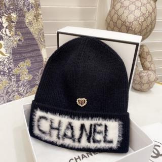 シャネル(CHANEL)の♡Chanel♡ ロゴロゴ ニット帽 キャップ(ニット帽/ビーニー)