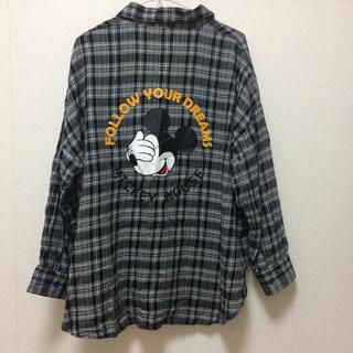 ミッキーマウス(ミッキーマウス)のミッキーマウス バックプリント チェックシャツ グレーブラック×ホワイト(シャツ/ブラウス(長袖/七分))