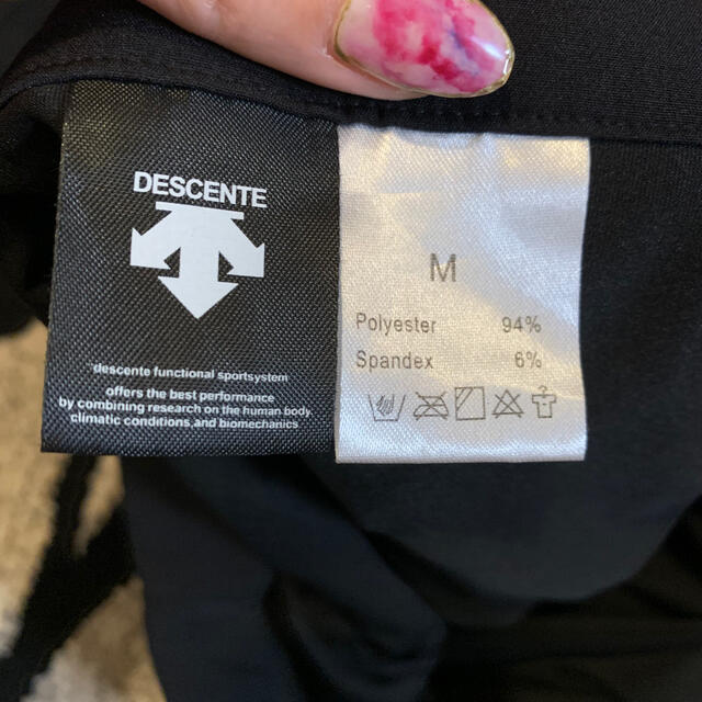 DESCENTE(デサント)のDESCENTE ゴルフスカート レディース スポーツ/アウトドアのゴルフ(ウエア)の商品写真