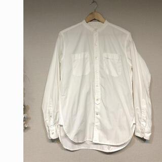 エンジニアードガーメンツ(Engineered Garments)のENGINEERED GARMENTS シャツ スタンドカラー 白(シャツ)