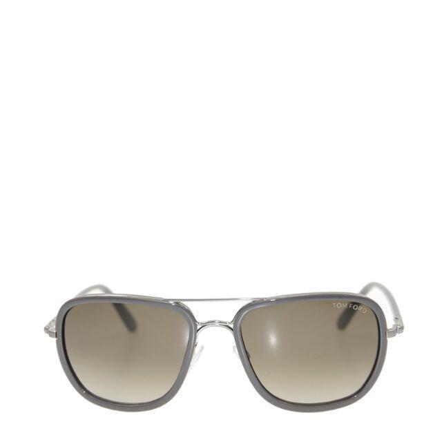 TOM FORD(トムフォード)の新品  TOMFORD トム・フォード グレー サングラス レディースのファッション小物(サングラス/メガネ)の商品写真
