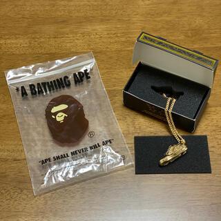 アベイシングエイプ(A BATHING APE)のA BATHING APE ゴールドネックレス 非売品(ネックレス)