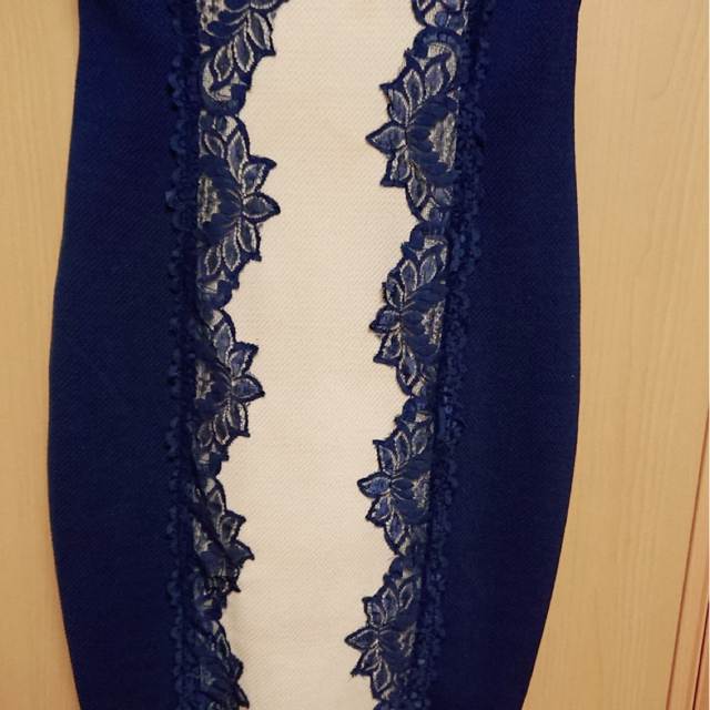 Andy(アンディ)のミニドレス M   《ネイビー✖︎ベージュ》 レディースのフォーマル/ドレス(ミニドレス)の商品写真