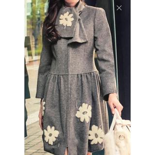 エムズグレイシー(M'S GRACY)のエムズグレイシー ♡マフラー付お花コート♡38サイズ(ロングコート)