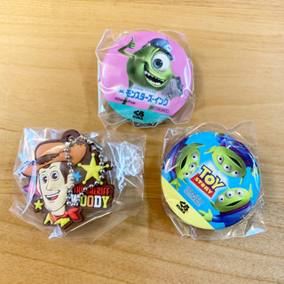 トイストーリー(トイ・ストーリー)のくら寿司 缶バッチ ピクサー(バッジ/ピンバッジ)