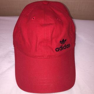アディダス(adidas)のadidas キャップ 赤(キャップ)