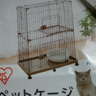 アイリスオーヤマ(アイリスオーヤマ)の中古品 美品 アイリスオーヤマ 猫ゲージ 2段 ブラウン (猫)